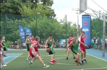 Nowe boisko do koszykówki przy Szkole Podstawowej nr 29 w Krakowie