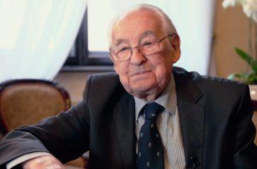 Andrzej Wajda 90.