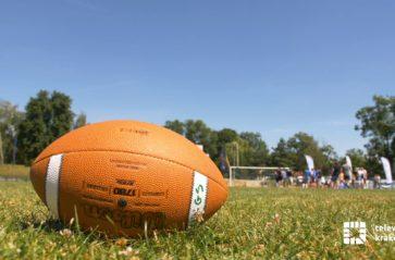 Połączmy się na sport(n)owo: trening futbolu amerykańskiego