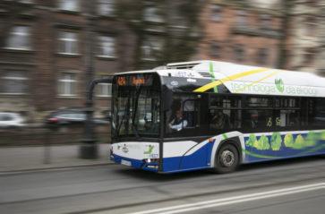 Miejskie autobusy kursują częściej
