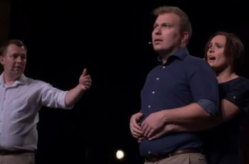 Teatralne improwizacje komediowe
