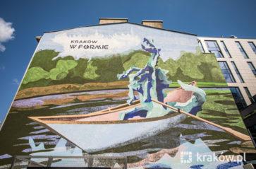 Wisła, smok… i #KrakówWFormie – powstał nowy mural