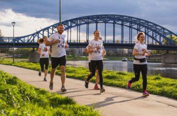 Biegną z pomocą! 10. Poland Business Run